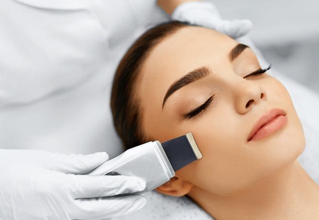 фото процедуры комбинированной чистки лица